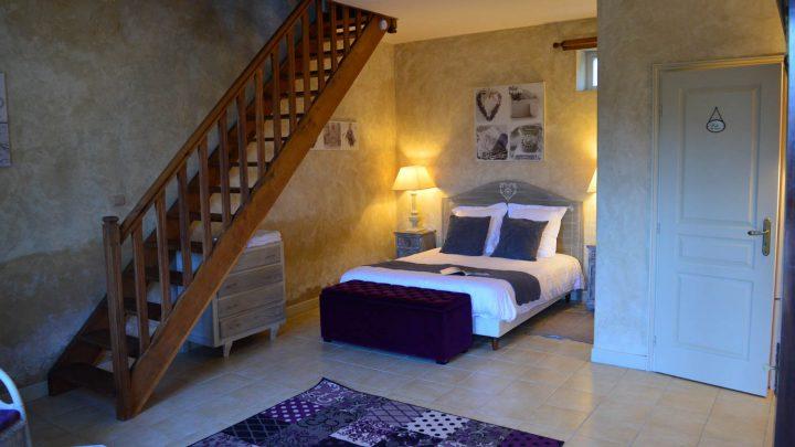 petit-manoir-gites-vienne-chambre (3)