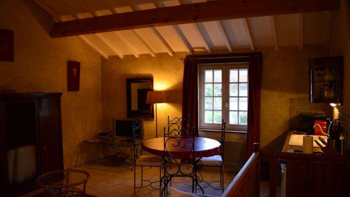 petit-manoir-gites-vienne-chambre (4)