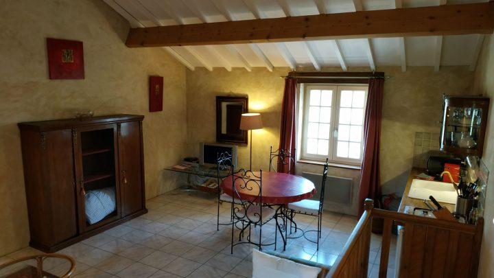petit-manoir-gites-vienne-chambre (9)
